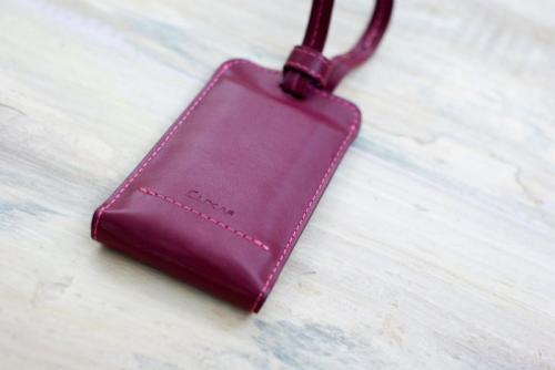 LUXA2-PL1-Leather-Power-Bank-5.jpg