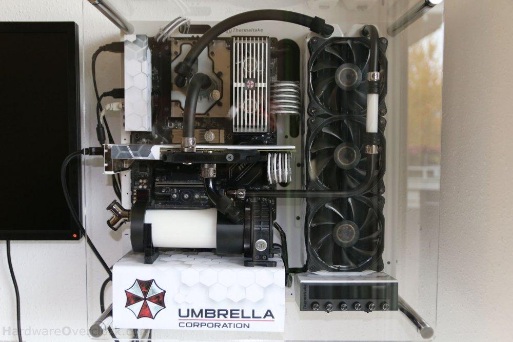 01-Umbrella-Corp-PC-fertig.jpg