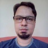 Carlos Checo